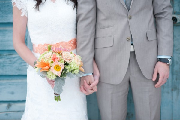 peach-and-blue-wedding-1-600x399